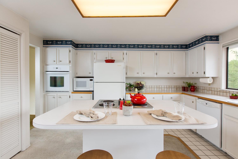 Taku Homes   Premium Real Estate Photography   Aerial Drone   Video in Bremerton   555 Pacific Ave, Bremerton, WA, 98337   +1 (503) 807-5942