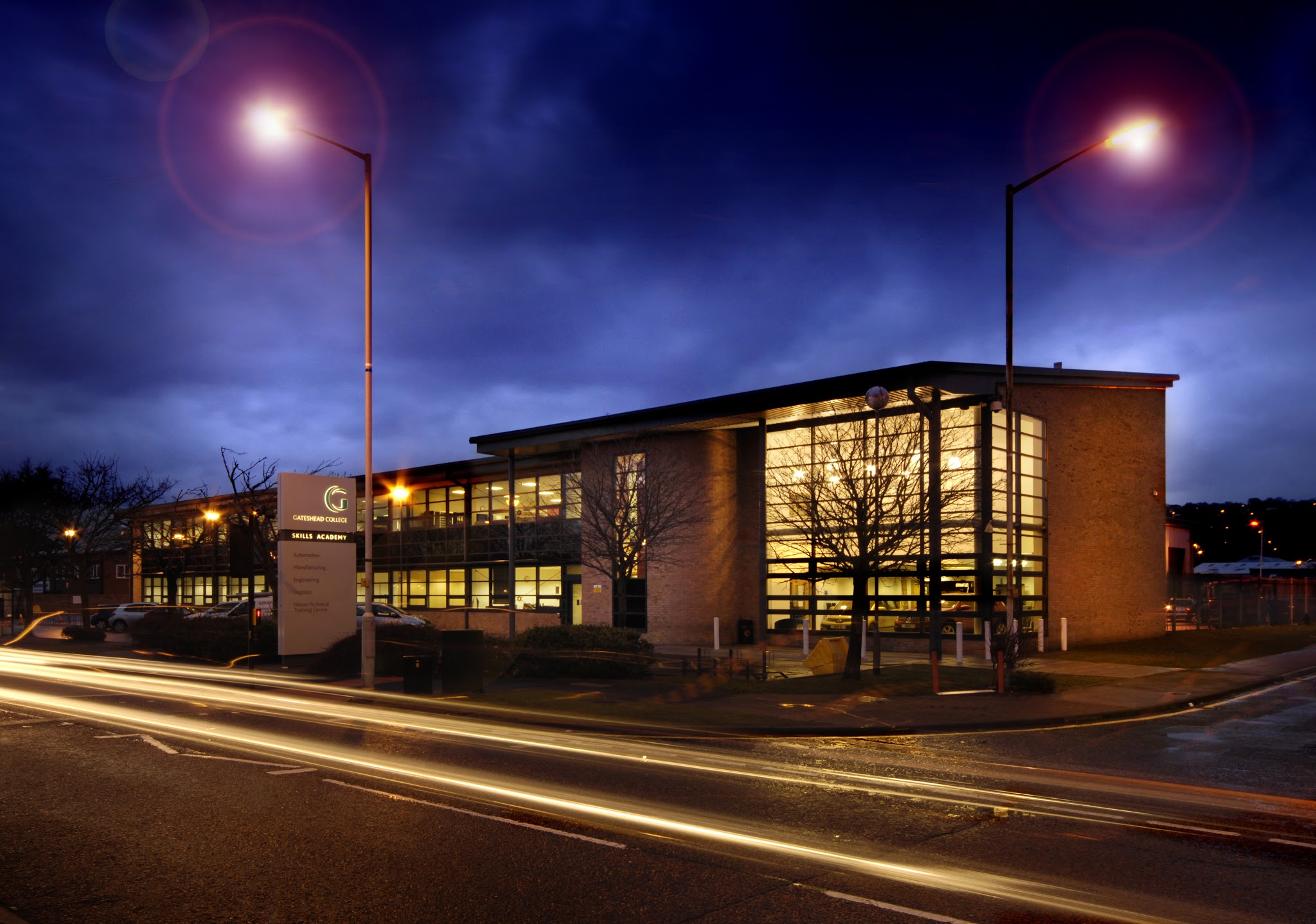Gateshead College Skills Academy for Automotive, Engineering, Manufacturing And Logistics | 190 Kingsway South, Team Valley Trading Estate, Gateshead NE11 0SH | +44 191 490 2430