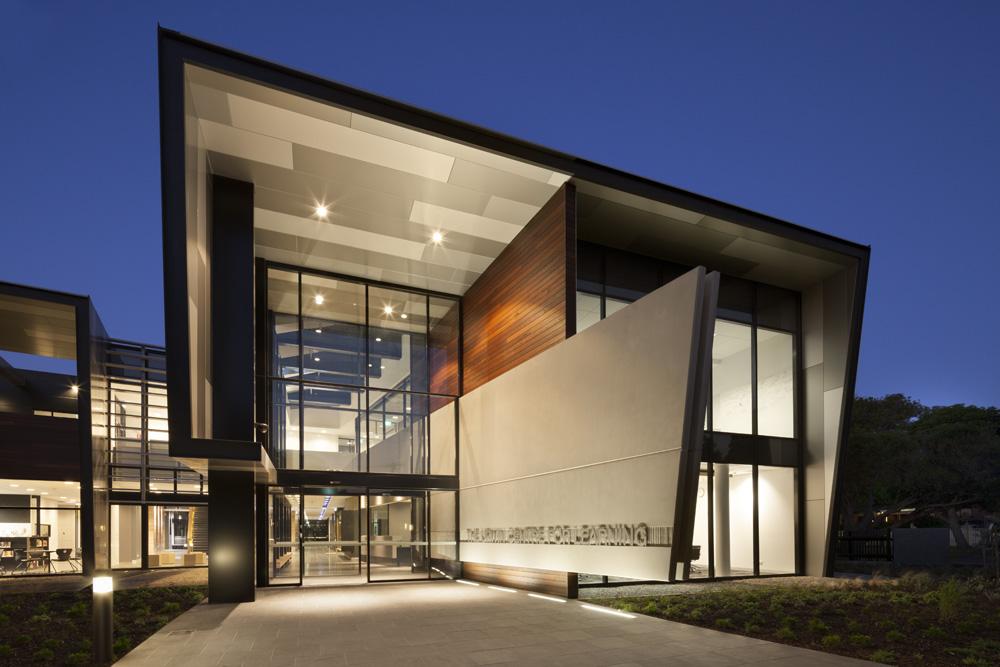 Brighton Grammar Secondary School (7-8), The Urwin Centre for Learning | 11 Allee Street, Brighton, Victoria 3186 | +61 3 8591 2260