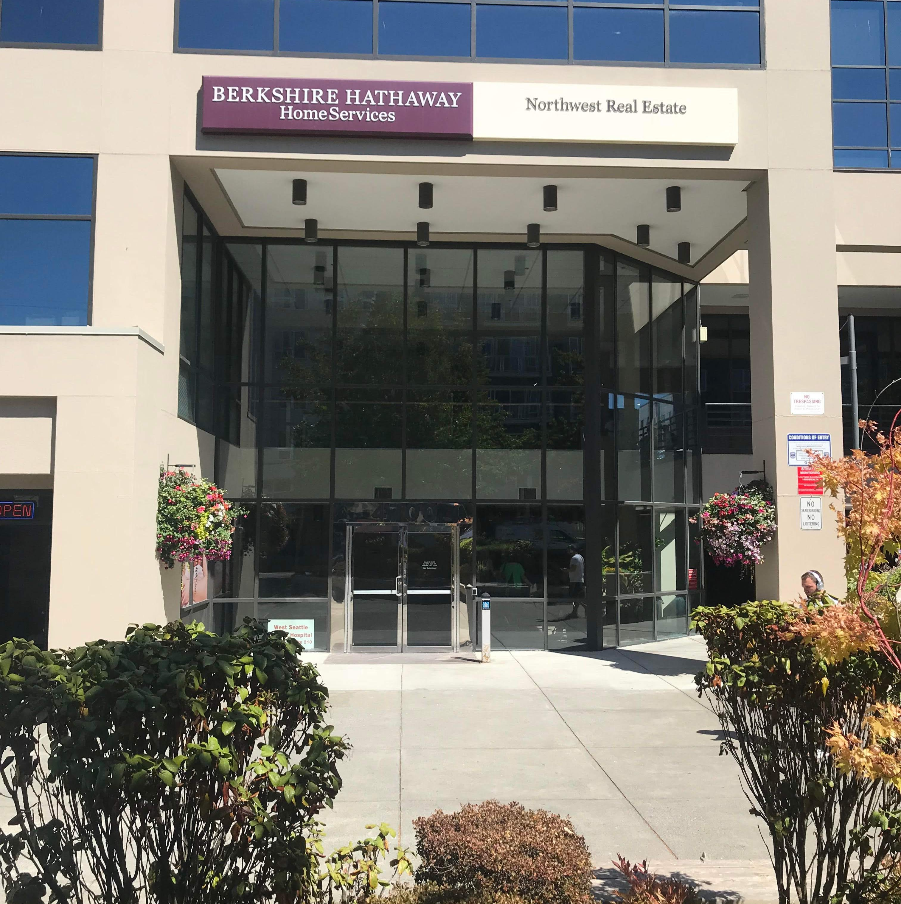 Berkshire Hathaway HomeServices North West Real Estate - West Seattle | 4700 42nd Ave SW #600, Seattle, WA, 98116 | +1 (206) 932-4500