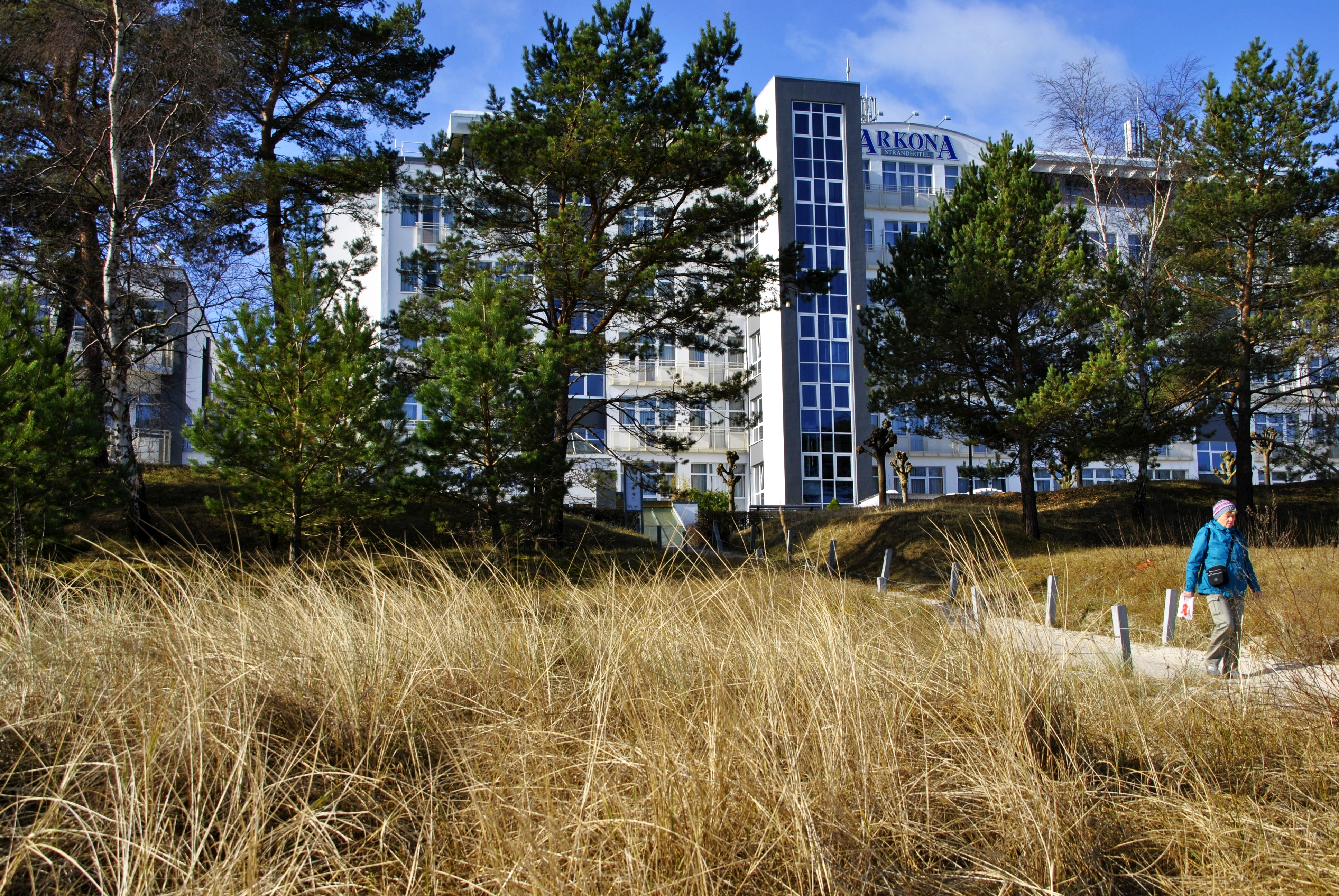 Arkona Strandhotel | Strandpromenade 59, 18609 Binz | 038393 550