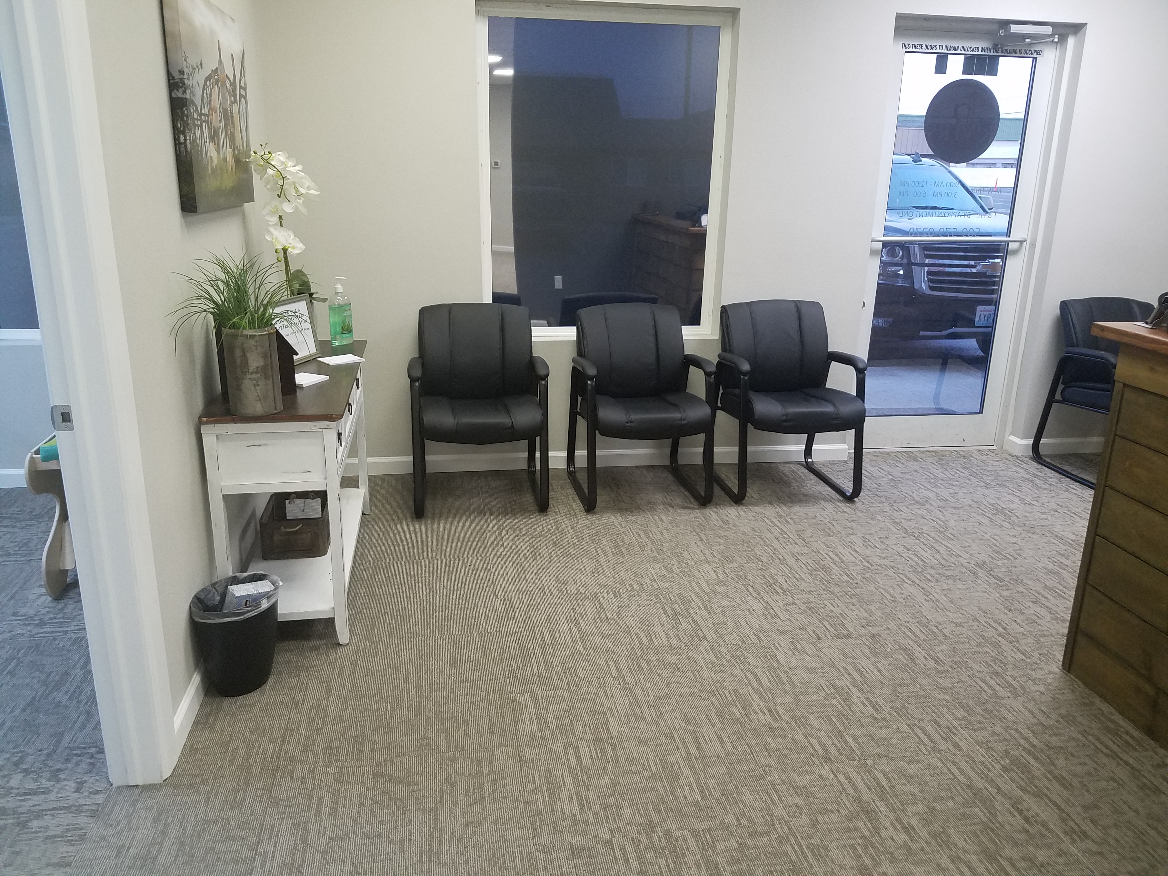 Kennewick Chiropractic Injury Clinic   4018 W Clearwater Ave Ste B, Kennewick, WA, 99336   +1 (509) 596-1288