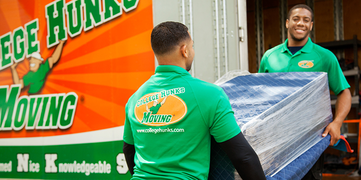 College Hunks Hauling Junk and Moving   1130 Industry Dr, Tukwila, WA, 98188   +1 (253) 444-4829