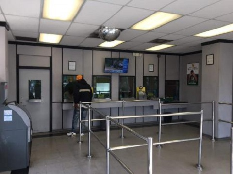 CCS Title Loans - LoanMart Chesterfield Square | 1675-77 W. Martin Luther King Blvd, Los Angeles, CA, 90062 | +1 (323) 886-1147
