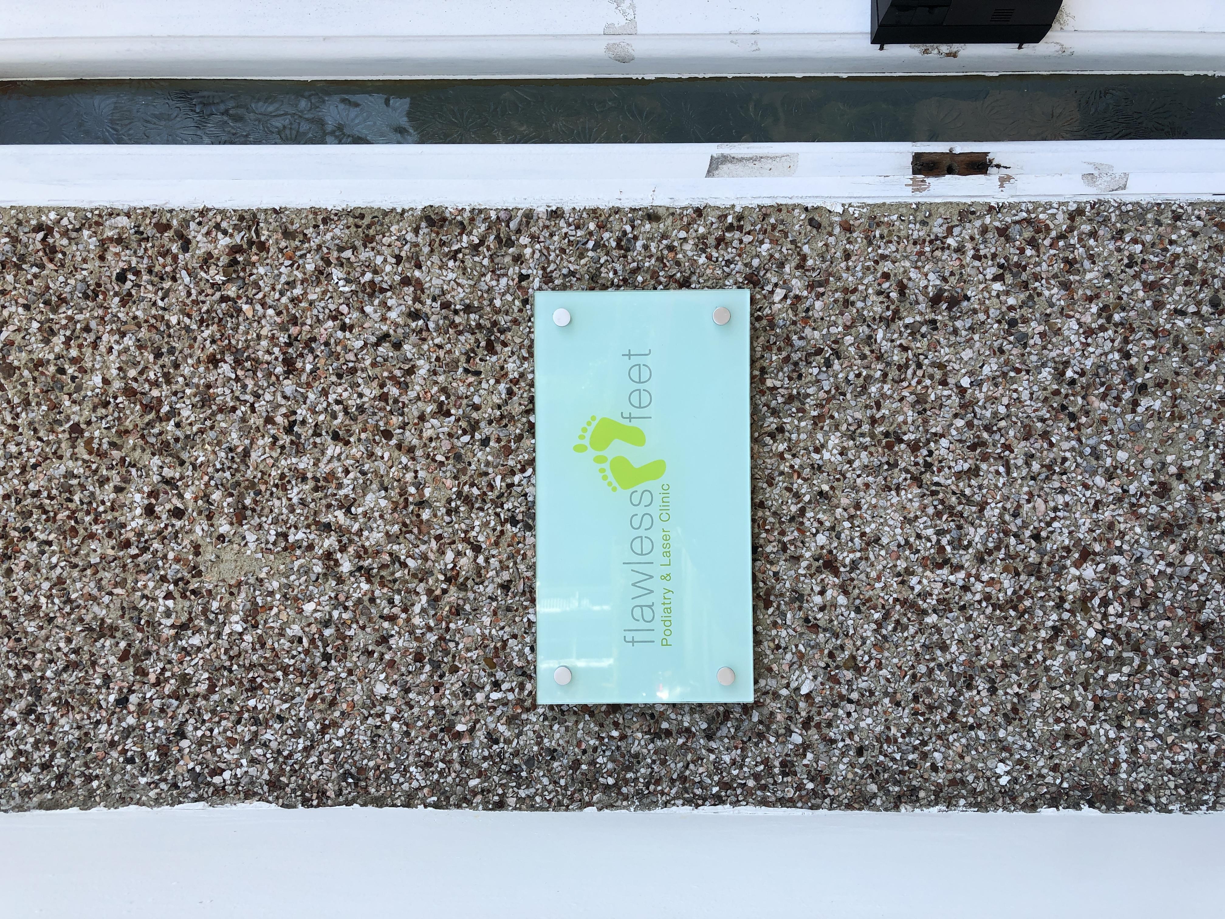 Flawless Feet Podiatry & Laser Clinic | 16 Garlies Road, Forest Hill, London SE23 2RT | +44 20 3713 8361